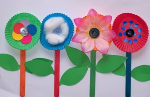 flower-craft-free-kids-pop-sticks-easy-patty-pans1